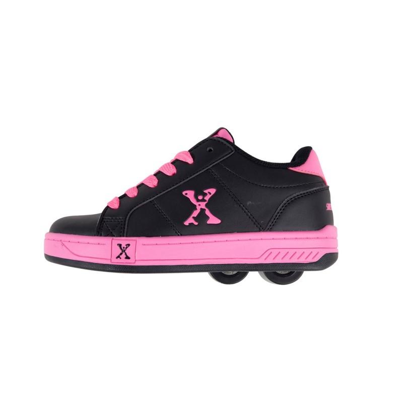 male-girls-black-skate-shoes-shot-thick