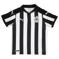Puma Домакинска Футболна Фланелка Newcastle United Home Shirt 2017 2018 Junior Black/White Футболни тениски на Нюкасъл Юнайтед