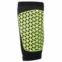 Nike Pro Combat Thigh Sleeve Volt/Black MMA подложки за удряне