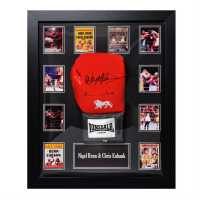 Team Eubank Signed Glove  Сувенири