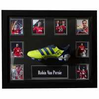 Team Robin Van Persie Hand Signed Boot  Сувенири