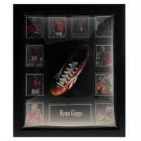 Ryan Giggs Hand Signed Boot - Сувенири