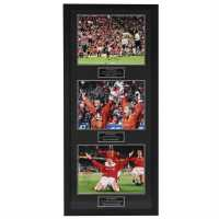 Man United Hand Signed Treble Display Frame - Сувенири