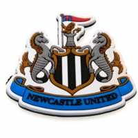Team Club Pvc Crest Magnet Newcastle Футболни аксесоари